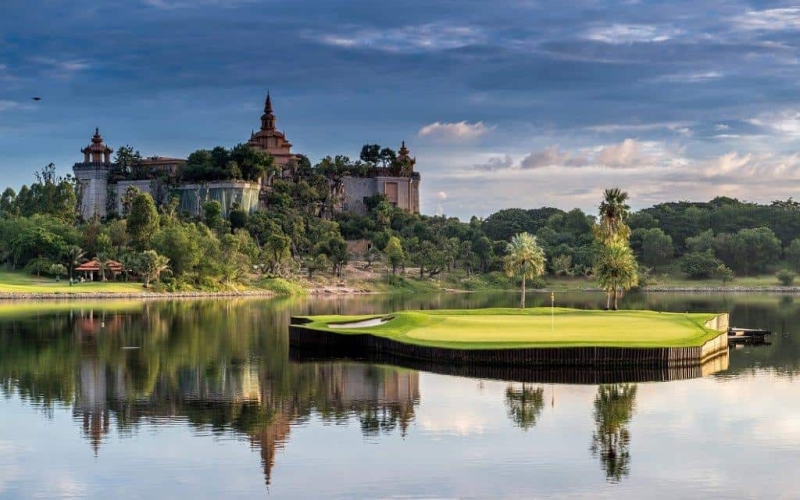 Thailand – A golfing paradise awaits in the land of smiles