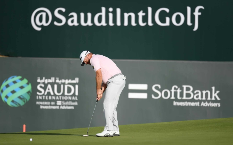 Graeme McDowell takes third round lead at Saudi International