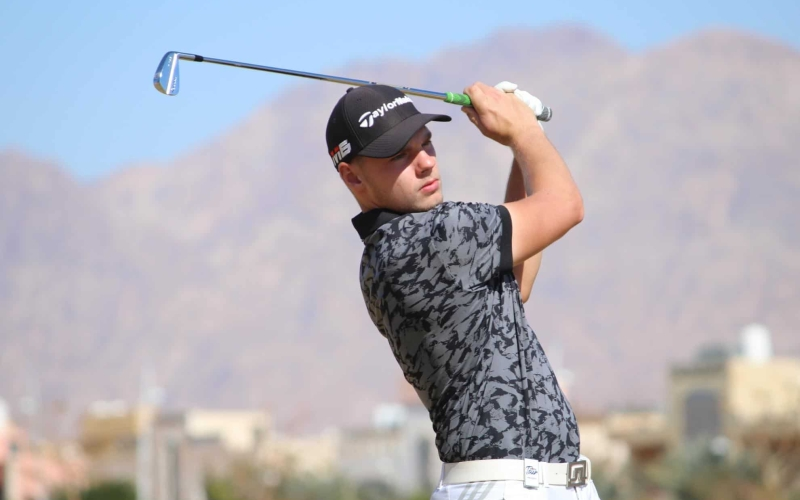 Knipes continues to rule the roost at the NEWGIZA Open with a one-shot lead over rejuvenated Gros