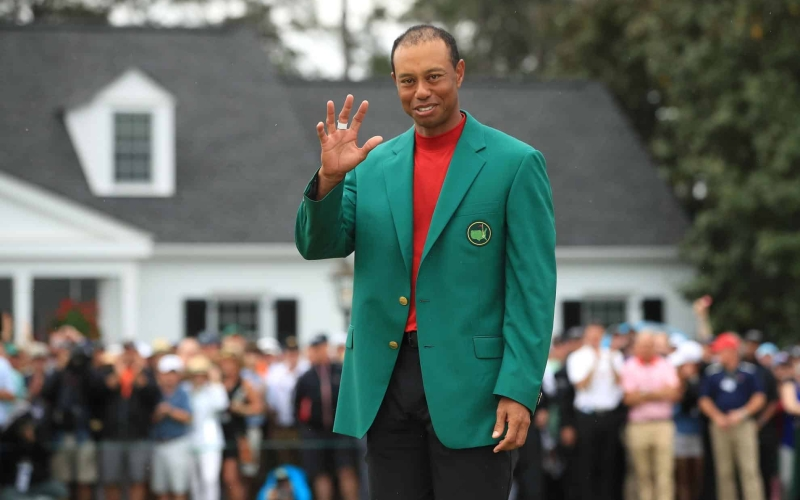 The various clubs Tiger Woods used in each of his five Masters victories