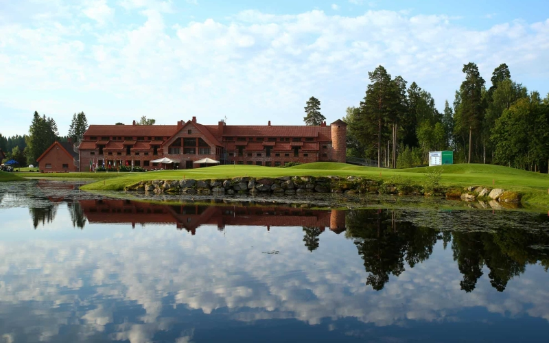 Linna Golf: A secluded and pristine golfing experience.