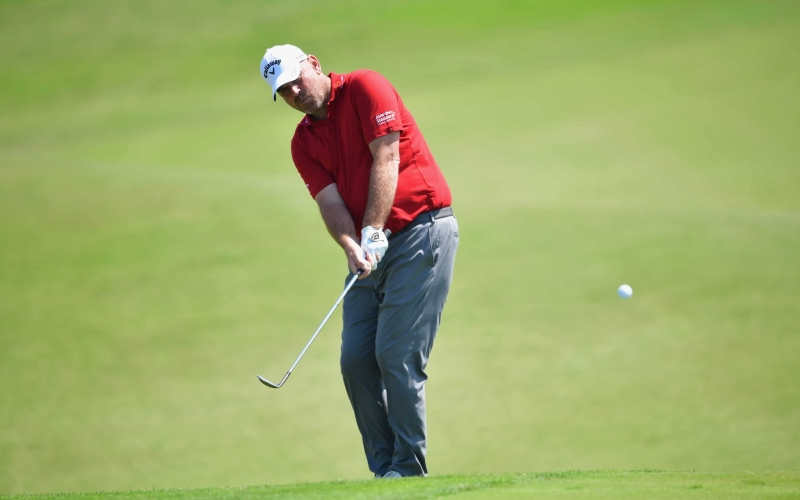 How to hit a chip-and-run on firm, fast terrain | By Thomas Bjorn